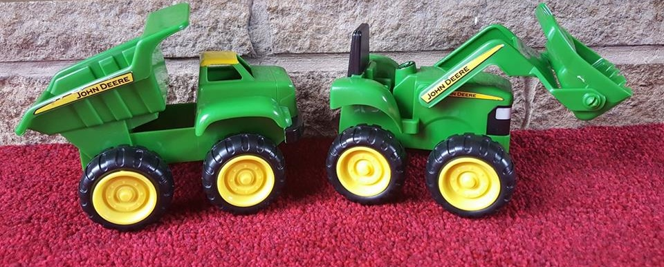 John Deere Dump Truck and Tractor from Wicked Uncle