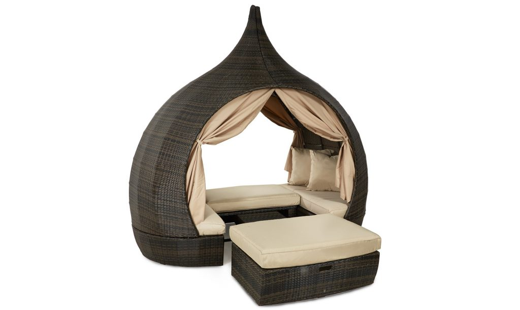 St James daybed brown rattan garden set