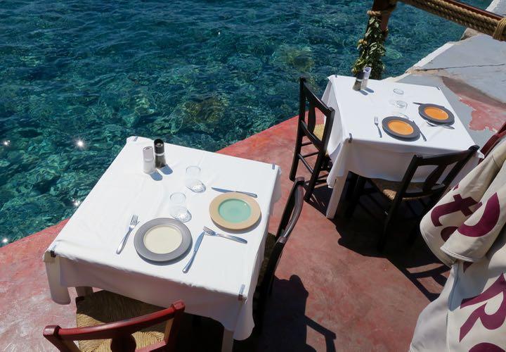 Ammoudi Taverna