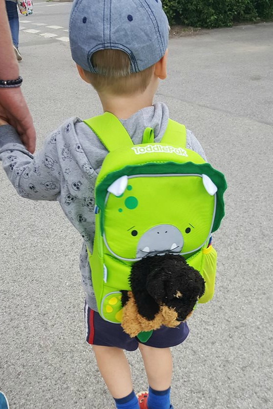 Toddlepak Backpack hugging arms