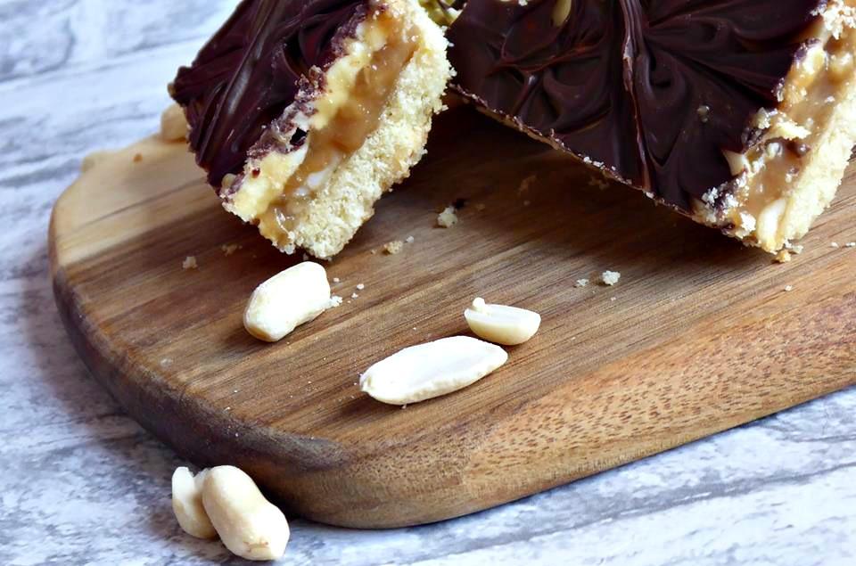 Peanut-salted caramel Millionaire's shortbread peanuts