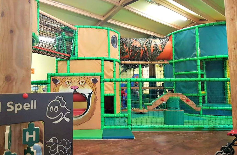 Jungle Tumbles, indoor play area, soft play, Jungle Tumbles at Amazona