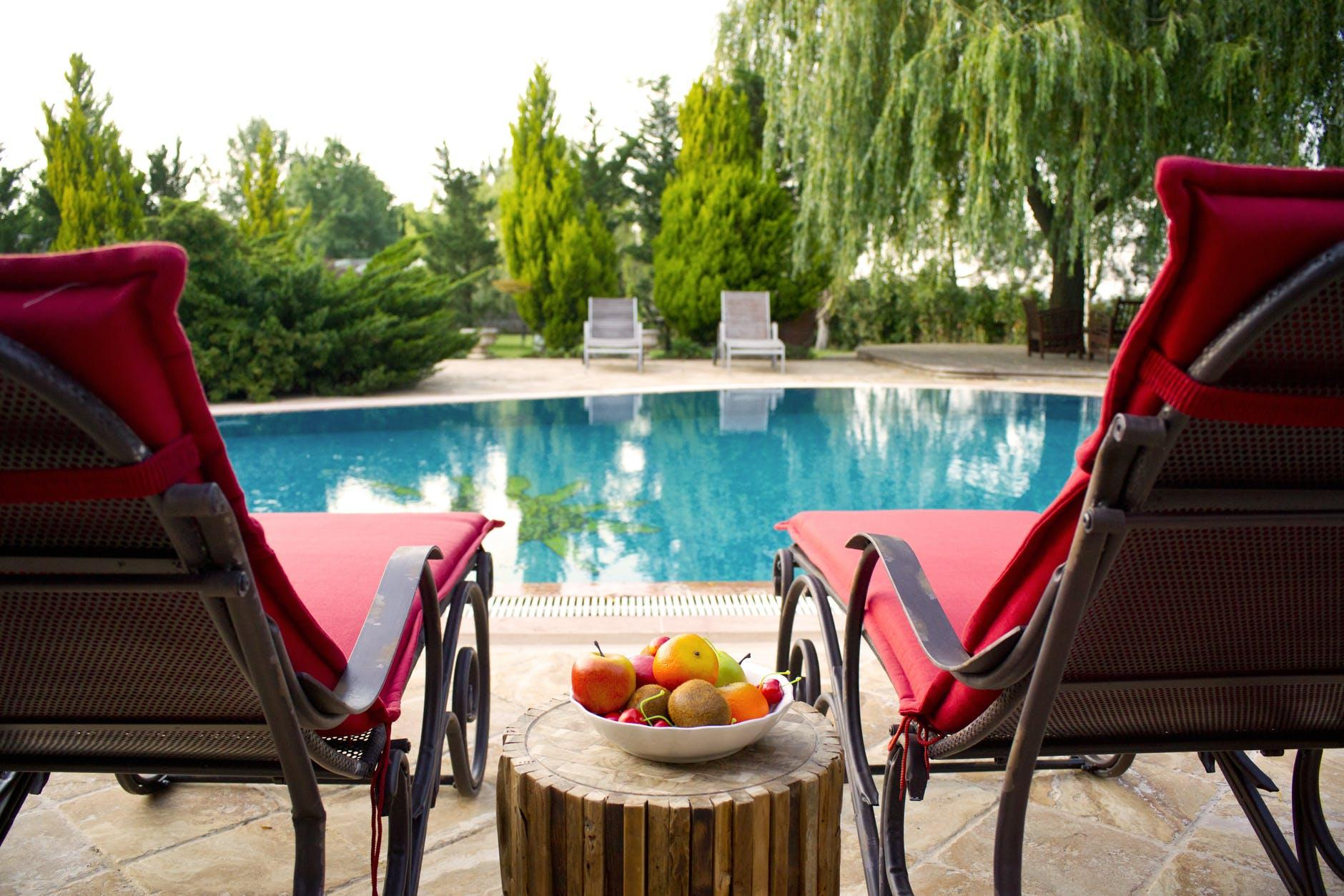 The Pros and Cons of Having a Pool in Your Backyard