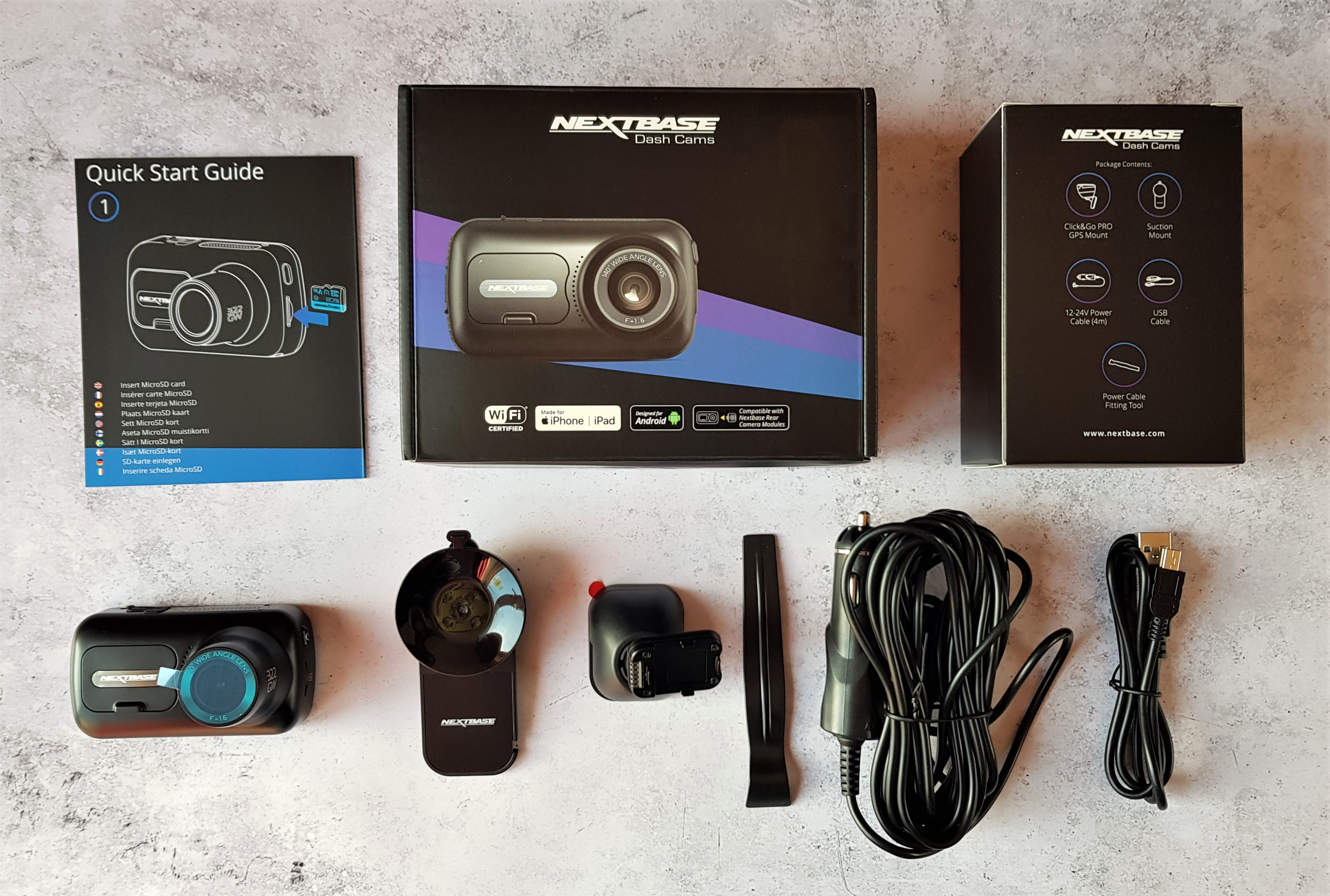 Nextbase 322GW dash cam and contents