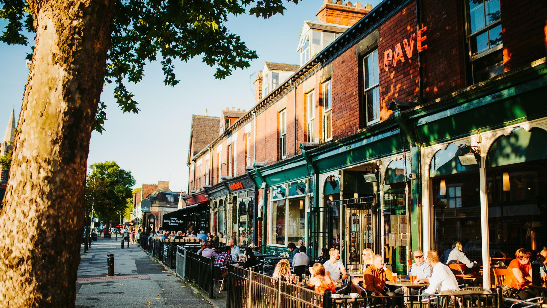 Hull Pave Restaurant on Princes Avenue