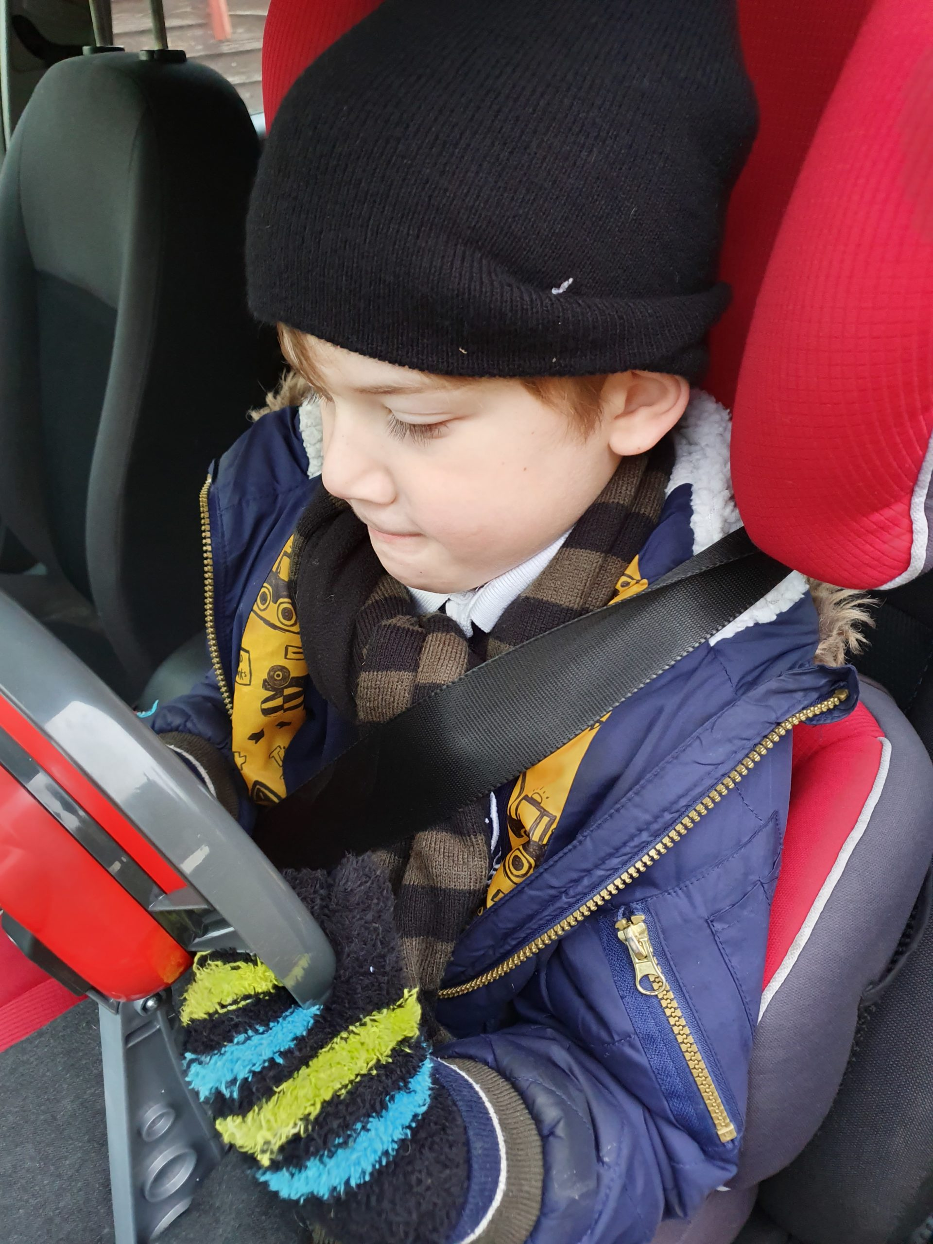 Using Casdon Sat Nav Steering Wheel